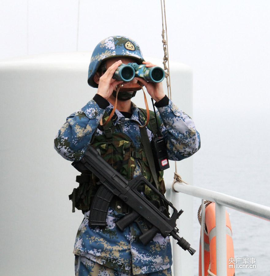 QBZ95B短突击步枪 ——〖枪炮世界〗